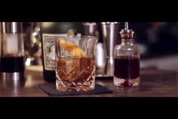 Embedded thumbnail for V letu 2018 je bil eden najbolj priljubljenih koktajlov Old Fashioned