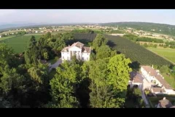 Embedded thumbnail for Prosecco Villa Sandi - najboljši prosecco vino za strast in tradicijo