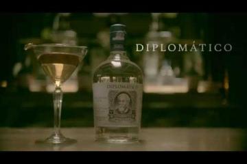 Embedded thumbnail for Kako se pripravi koktajl z belim rumom Diplomatico Planas - Smooth Operator